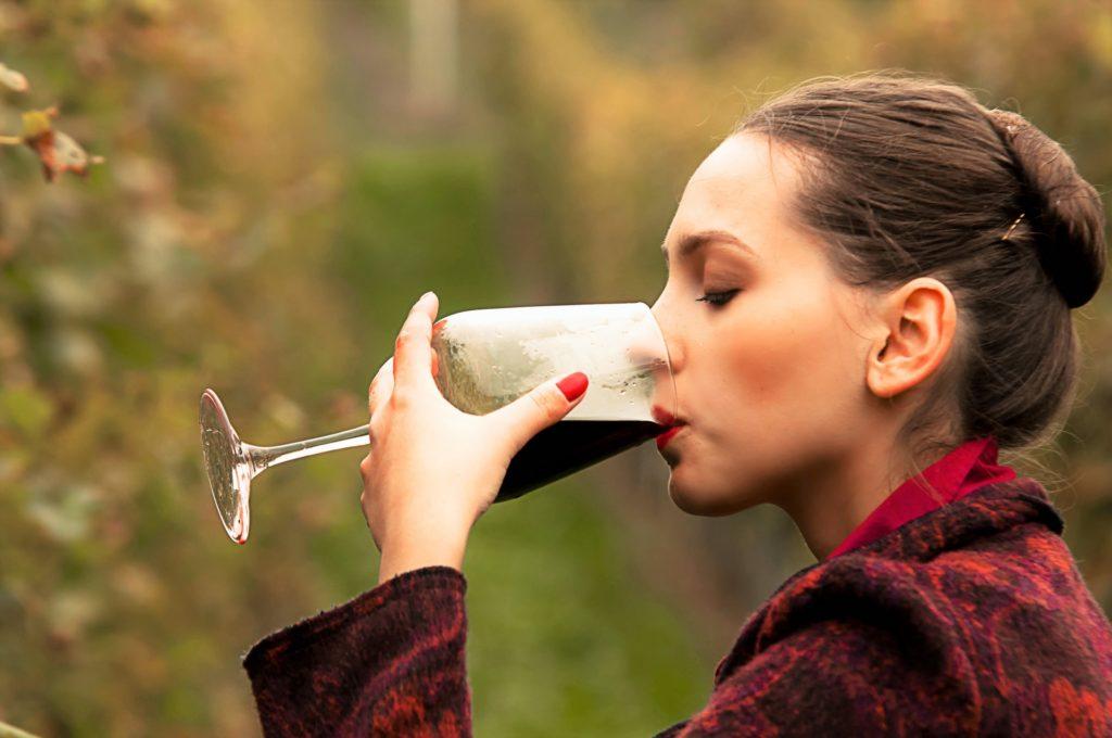 ワインを味わう