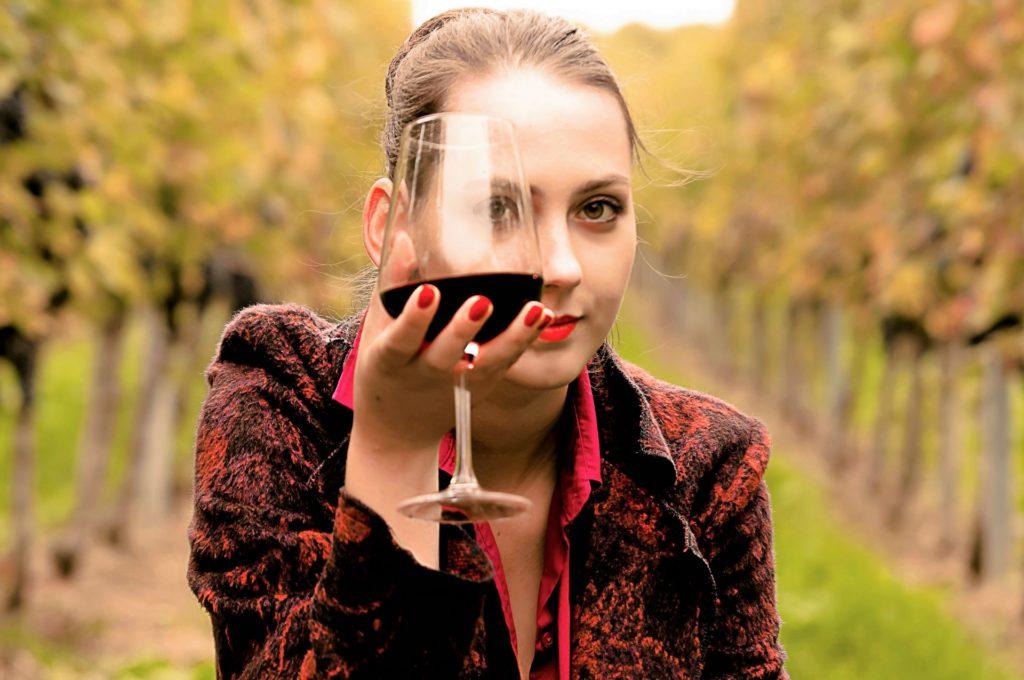 ワインのテイスティングの手順