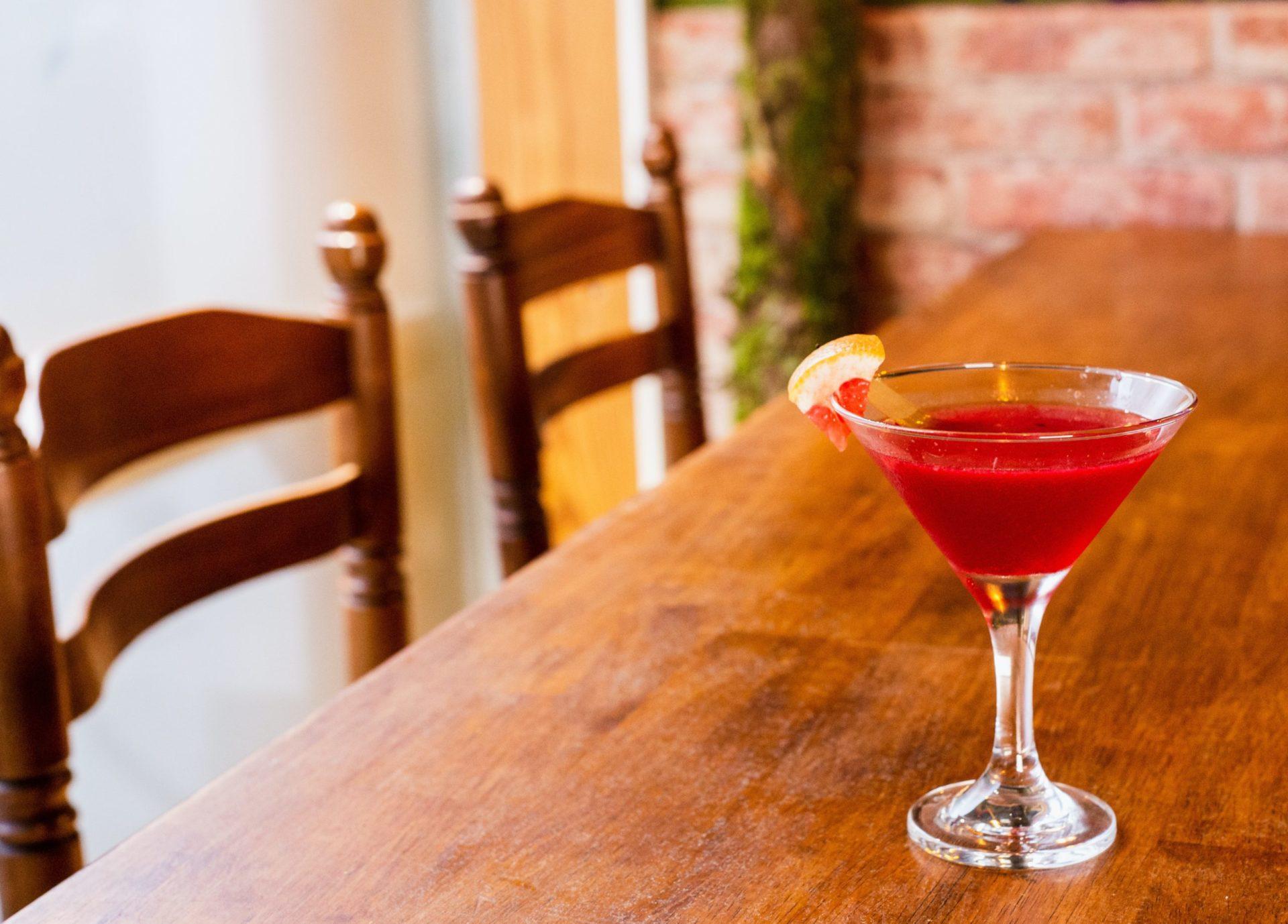 赤ワインベースの簡単カクテル