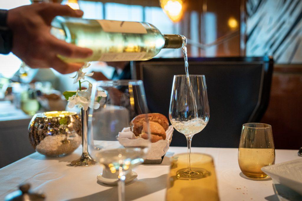 白ワインの作り方を簡単に解説します!【ワイン初心者向け】
