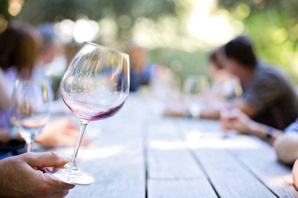 ワイン初心者におすすめのワイングラス3選