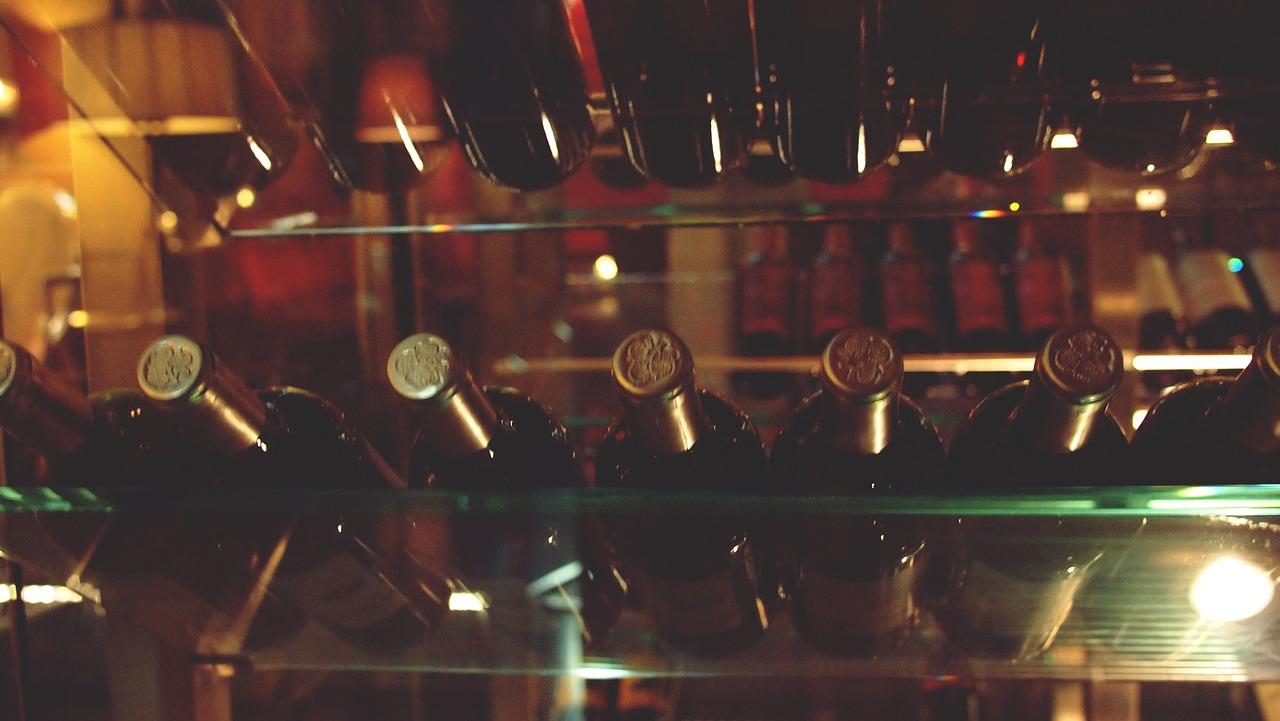 ワインを適切に保存するための6つの必要な条件