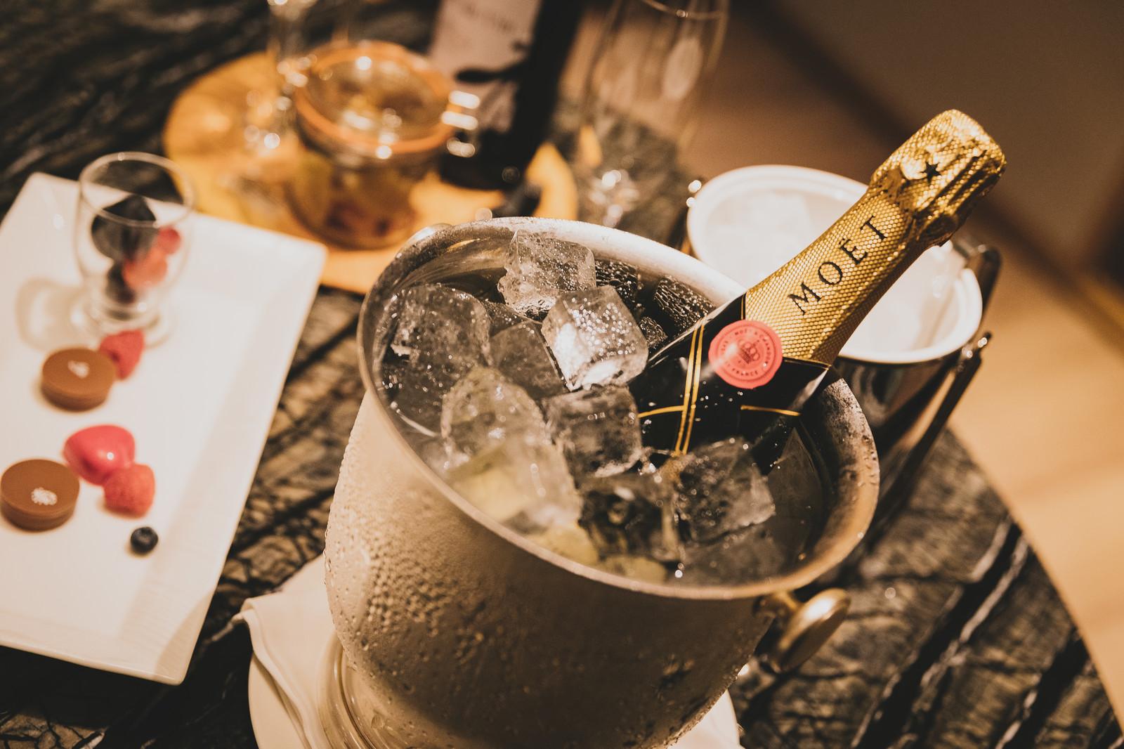 シャンパンとスパークリングワインの違いってなに?【ワイン入門編】