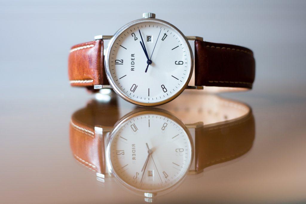 腕時計のベルトの種類