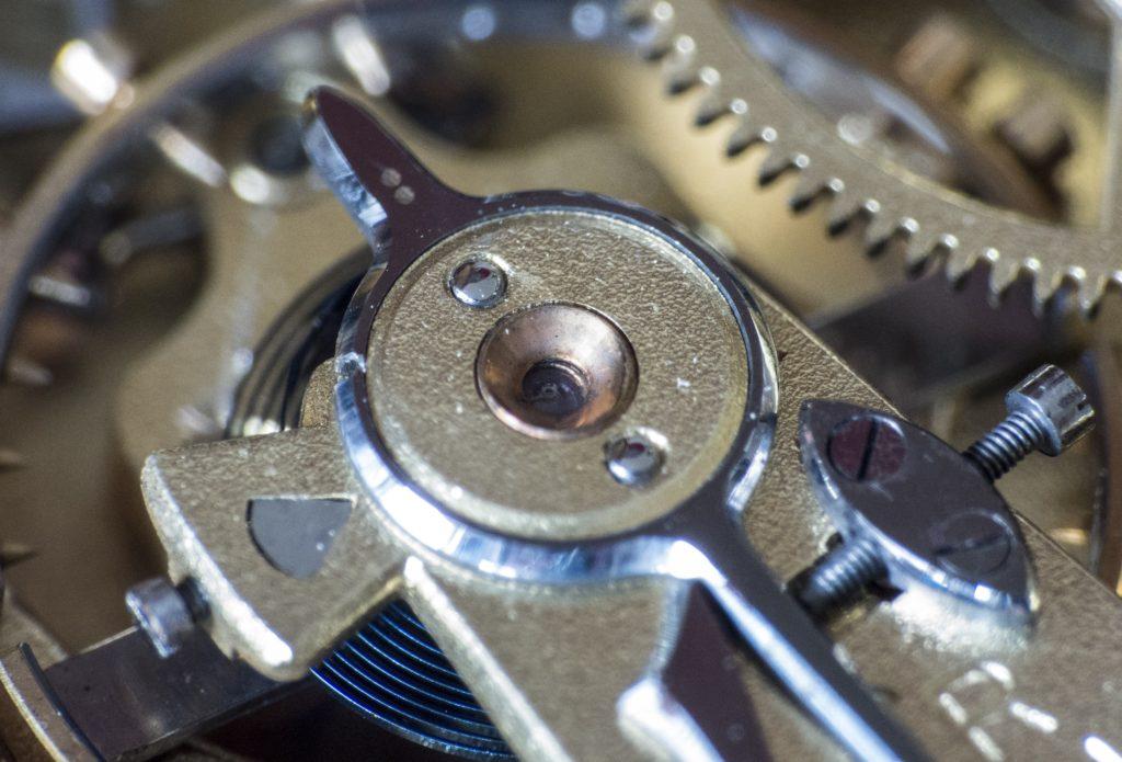 機械式腕時計の特徴とは
