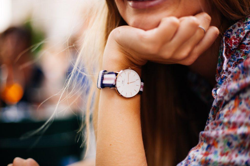 クオーツ式腕時計の特徴